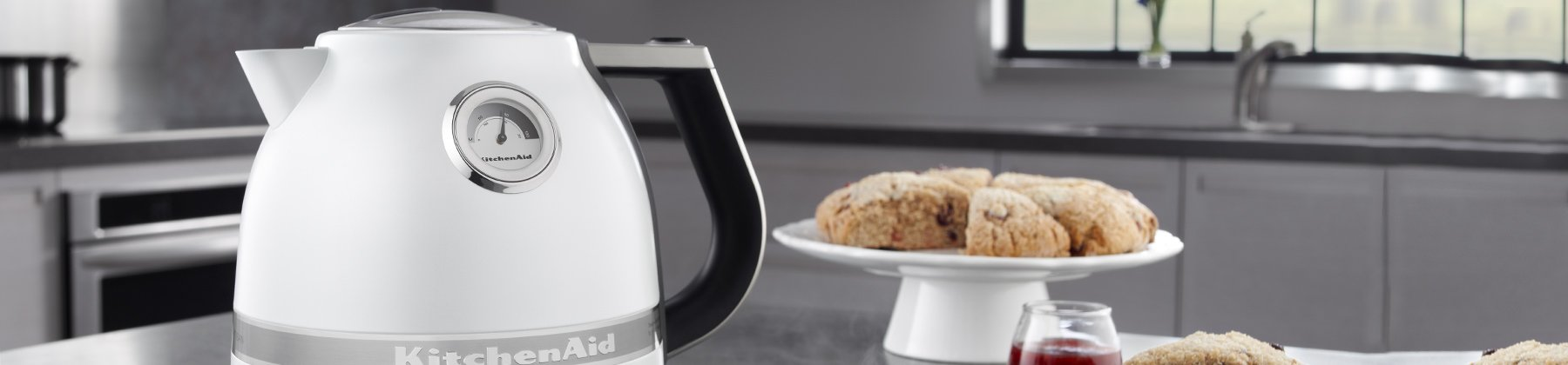 Photo of tea and water kettles.